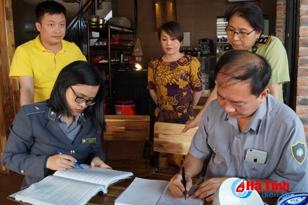 Thêm 5 cơ sở tại TP Hà Tĩnh bị xử phạt vì vi phạm các quy định về ATTP