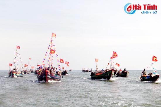 Đặc sắc lễ hội vùng biển Hà Tĩnh