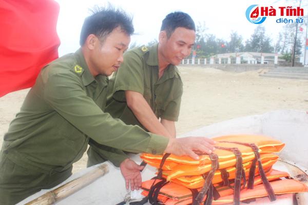Du khách được đảm bảo an toàn khi đến với biển Hà Tĩnh