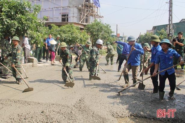 Bộ đội Biên phòng giúp người dân Kỳ Hà xây dựng nông thôn mới