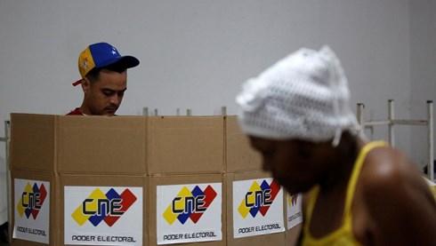 Thế giới ngày qua: Venezuela bước vào bầu cử tổng thống