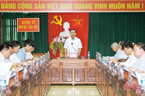 Bí thư Tỉnh ủy: Gắn với nông thôn mới, phải ưu tiên xây dựng thị trấn Lộc Hà