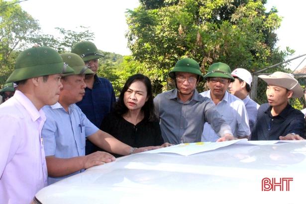 Sớm hoàn thành giai đoạn 1 dự án bảo vệ môi trường hồ Bộc Nguyên