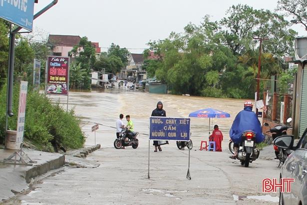 Nước sông ở Hà Tĩnh đang lên, đề phòng lũ quét và sạt lở đất