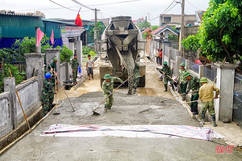 Những con đường thắm đậm tình quân dân
