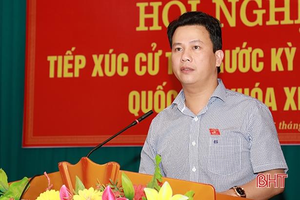 Cử tri Lộc Hà: Quốc hội, Chính phủ cần nghiên cứu kỹ việc thay đổi chương trình dạy học