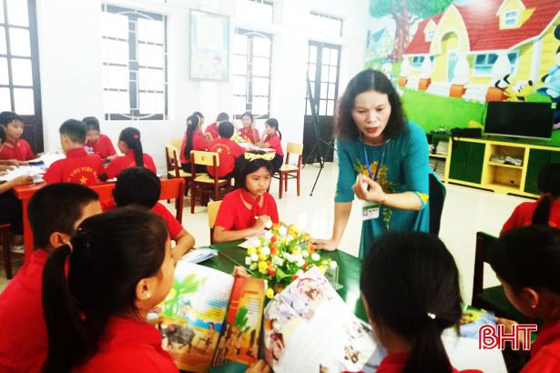 """Cô giáo Vũ Thị Lý: """"Công việc tạo đam mê, lôi cuốn tôi mỗi ngày"""""""