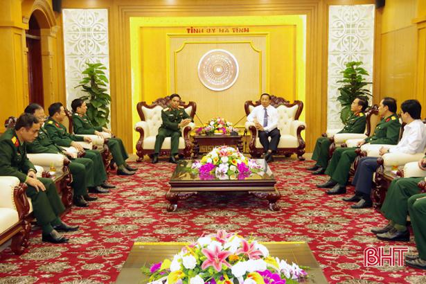 Tân Tư lệnh Quân khu 4 chào xã giao lãnh đạo tỉnh Hà Tĩnh