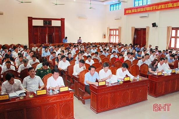 Huyện Hương Sơn thi hành kỷ luật 46 đảng viên