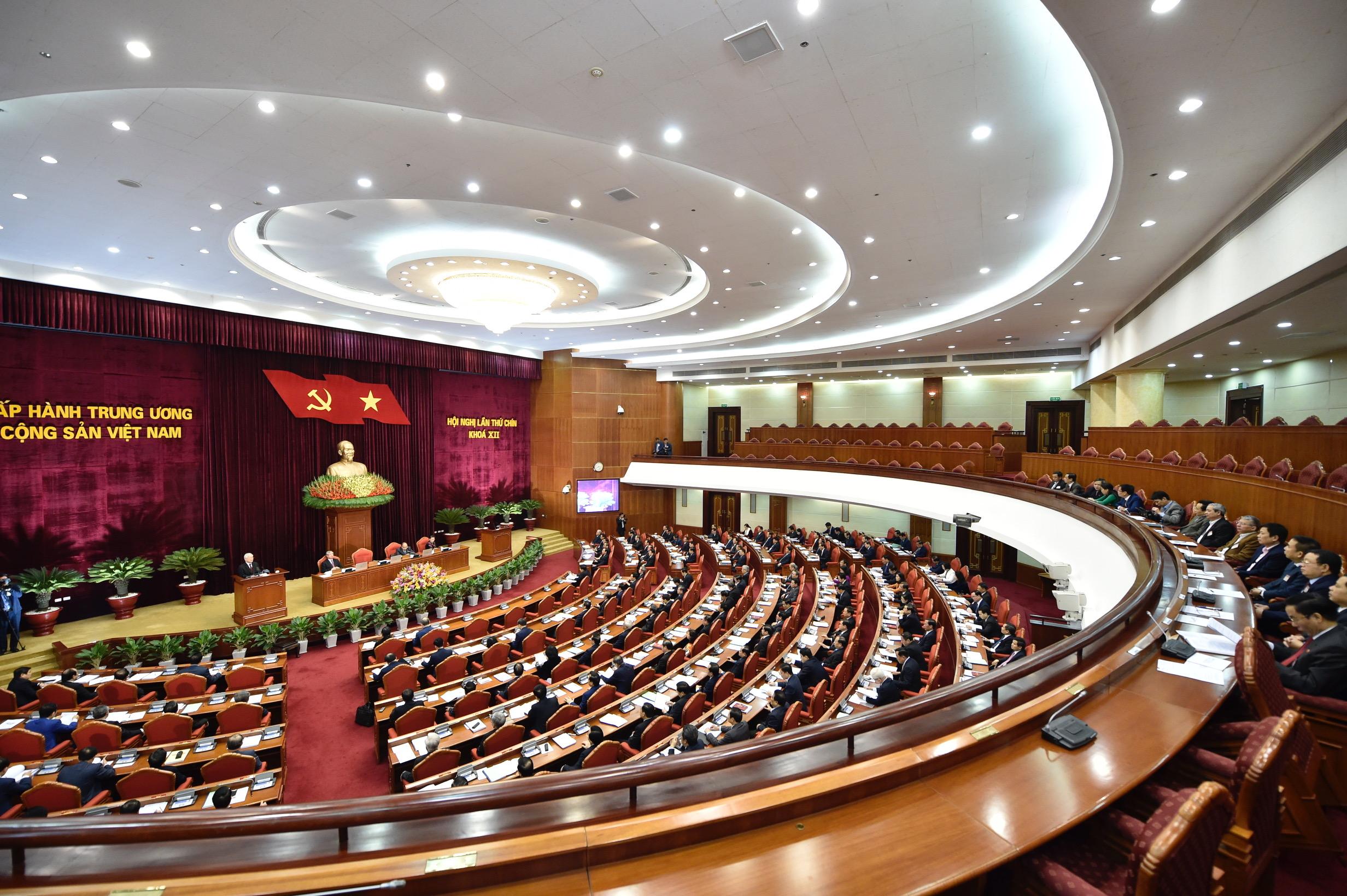 Ngày làm việc thứ nhất của Hội nghị Trung ương 9