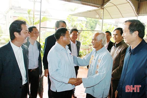 Xây dựng nông thôn mới Hà Tĩnh là nhiệm vụ chính trị trọng tâm, xuyên suốt