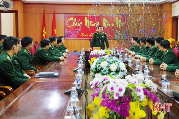 Tư lệnh BĐBP Việt Nam thăm và chúc tết cán bộ, chiến sỹ Hà Tĩnh