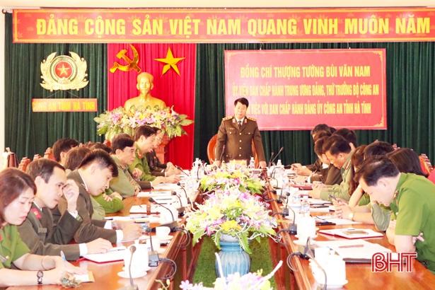 Thứ trưởng Bộ Công an kiểm tra tình hình an ninh trật tự tại Hà Tĩnh