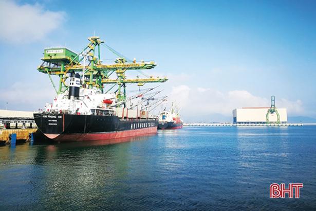 Hơn 5,6 triệu tấn hàng hóa thông qua cảng biển Hà Tĩnh