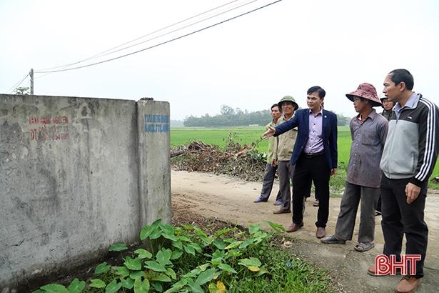 Văn phòng Điều phối NTM Hà Tĩnh hỗ trợ Thạch Đỉnh thực hiện tiêu chí 20