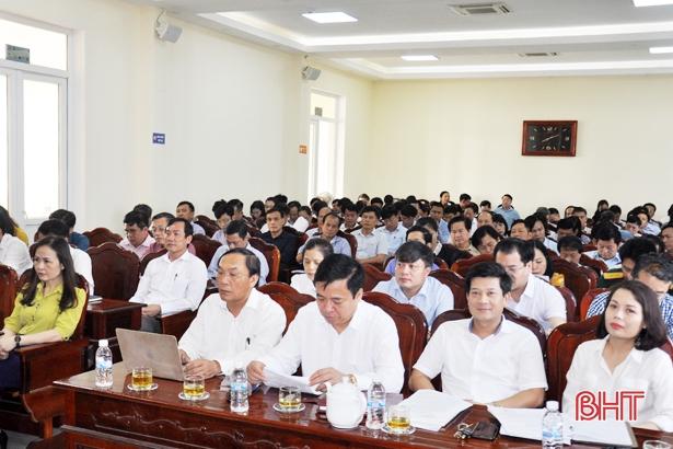 Khối CCQ&DN Hà Tĩnh hoàn thành chuyển giao 33 tổ chức cơ sở đảng