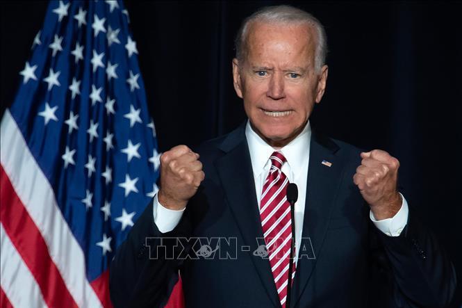 Cựu Phó Tổng thống Mỹ Joe Biden chiếm ưu thế áp đảo trong cuộc thăm dò dư luận