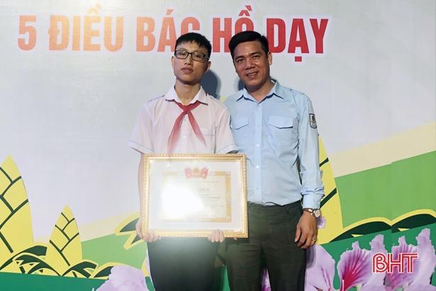 Học sinh Hà Tĩnh xuất sắc nhận Giải thưởng Kim Đồng