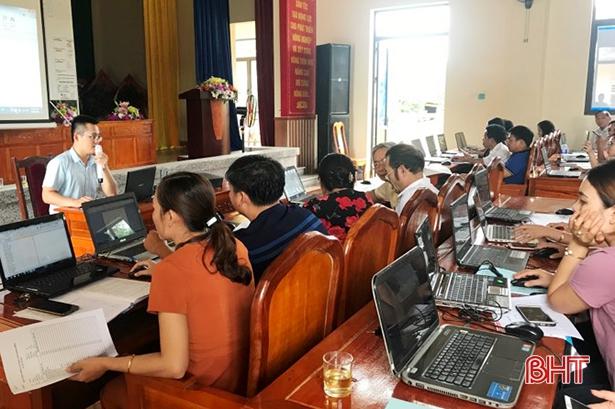 Hà Tĩnh về tận xã tập huấn công nghệ thông tin, dịch vụ công trực tuyến