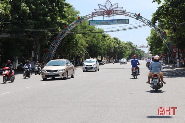 Chống khai man giá chuyển nhượng nhà đất để trốn thuế ở Hà Tĩnh: Khung giá phải sát thị trường!