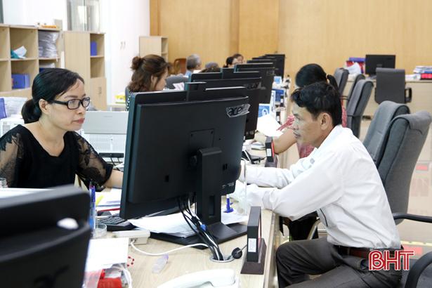 Tỷ lệ hồ sơ nộp trực tuyến tại Trung tâm Phục vụ hành chính công Hà Tĩnh đạt 5,6%