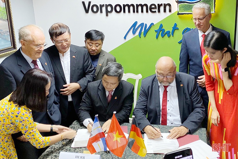 Ký kết ý định thư hợp tác giữa CHLB Đức và Hà Tĩnh