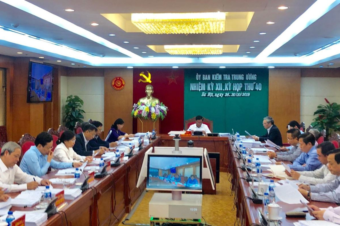 Ủy ban Kiểm tra Trương ương đề nghị thi hành kỷ luật Ban Thường vụ Đảng ủy Tập đoàn Xăng dầu