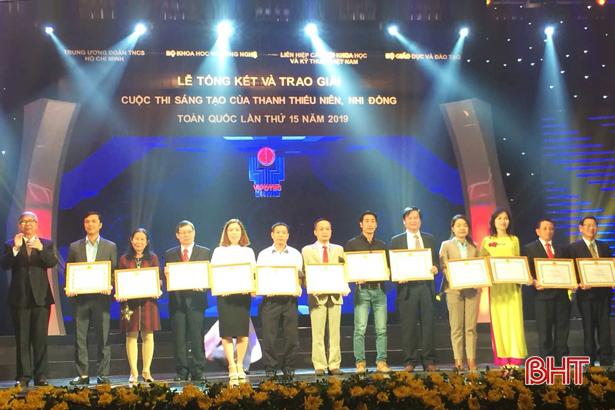 Hà Tĩnh nhận giải tập thể xuất sắc trong tuyên truyền Cuộc thi sáng tạo thanh thiếu niên, nhi đồng toàn quốc