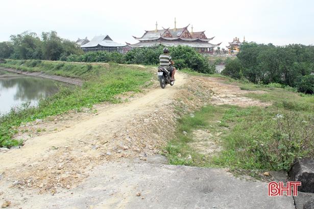 Ủy ban Thường vụ Quốc hội phân bổ 150 tỷ đồng cho Hà Tĩnh xử lý 3 công trình thiết yếu