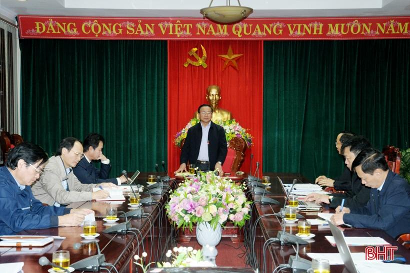Bí thư Tỉnh ủy nghe báo cáo chuyên đề về nông nghiệp, nông thôn mới để xây dựng báo cáo chính trị trình Đại hội Đảng bộ tỉnh