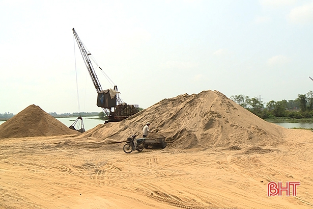 Hà Tĩnh xử phạt gần 1 tỷ đồng vi phạm về tài nguyên khoáng sản