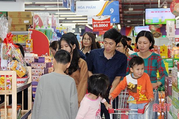 Hà Tĩnh: Tổng mức bán lẻ hàng hoá tháng 1 tăng 9,53%