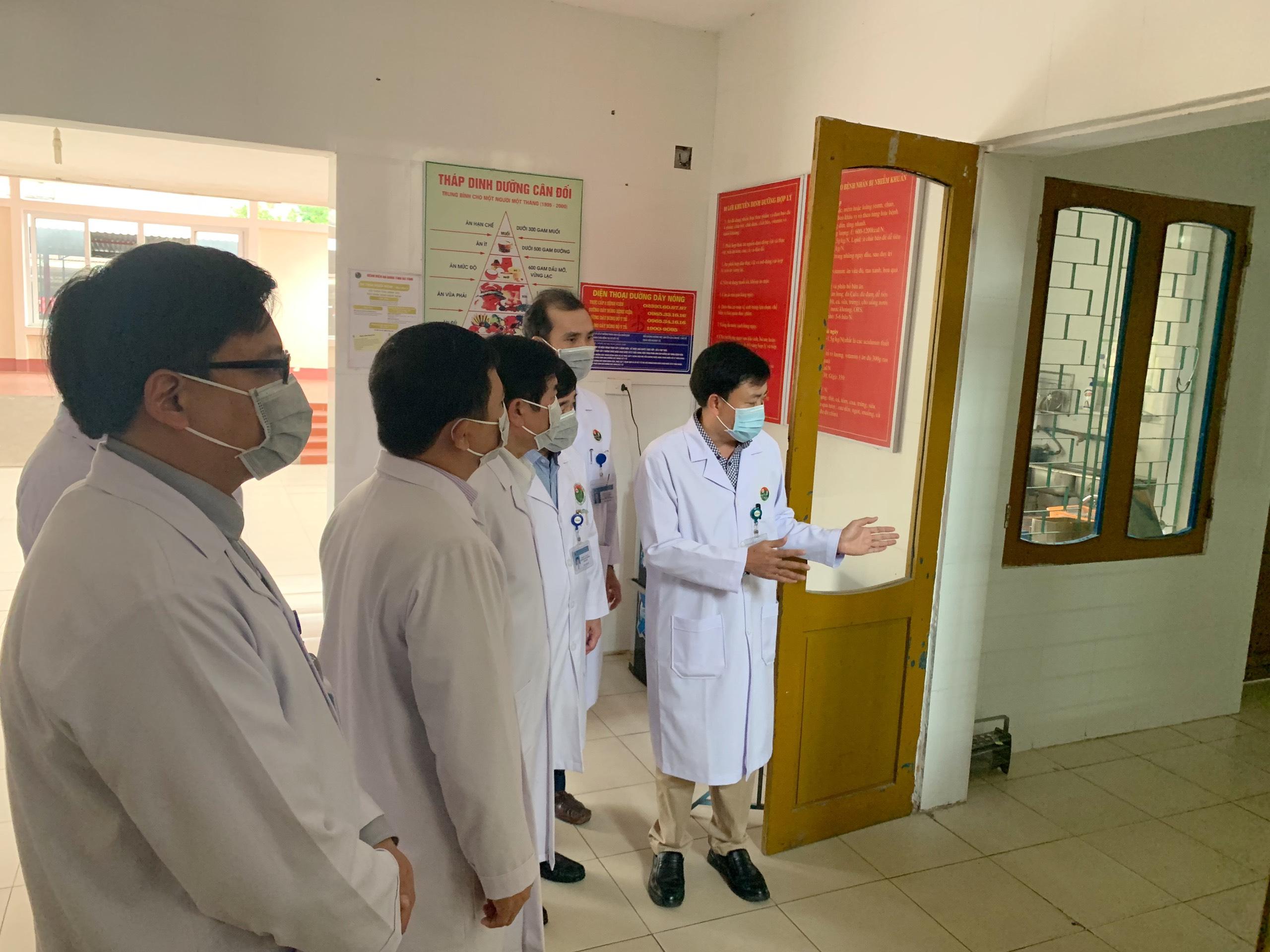 Hà Tĩnh công bố đường dây nóng phòng chống dịch Corona