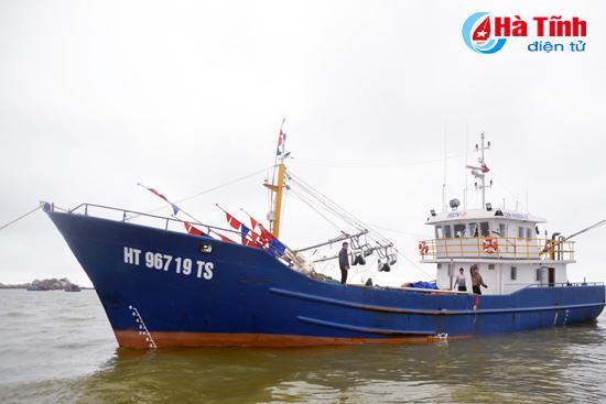 Nhiệm vụ, giải pháp chống khai thác hải sản bất hợp pháp, không báo cáo và không theo quy định trên địa bàn tỉnh Hà Tĩnh