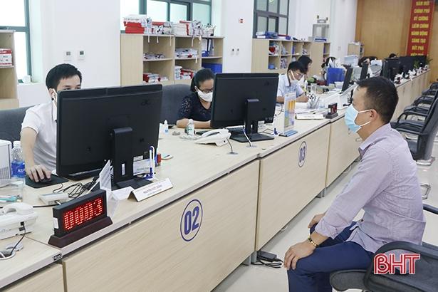 Hà Tĩnh: Hồ sơ phát sinh qua dịch vụ công trực tuyến cao gấp 3 lần cùng kỳ
