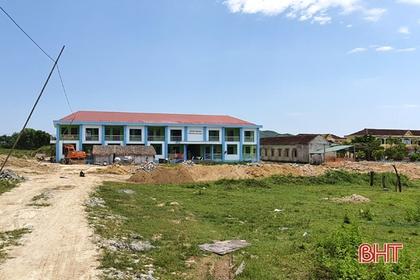 """Xã miền núi Hà Tĩnh với """"bài toán khó"""" 90 tỷ đồng xây dựng nông thôn mới"""