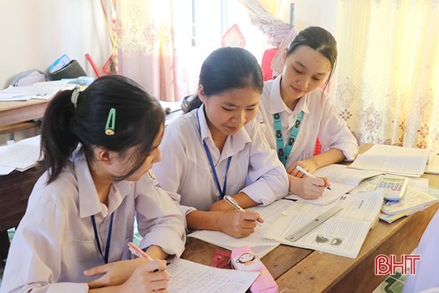 """""""Xây dựng tình bạn đẹp"""" trong trường học ở Hà Tĩnh"""