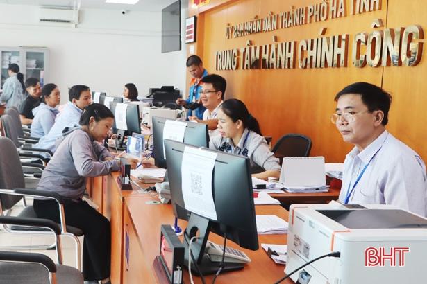 Hơn 40 phần mềm công nghệ thông tin hỗ trợ người nộp thuế Hà Tĩnh