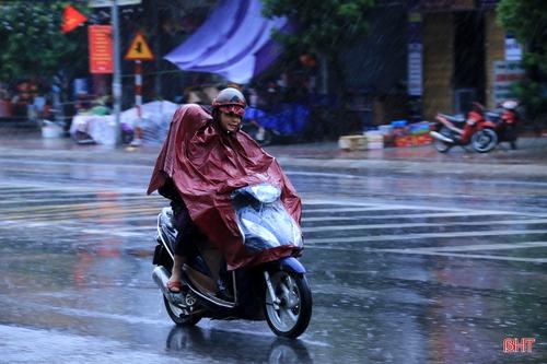 Hà Tĩnh mưa dông trong nhiều ngày tới, đề phòng lốc, sét