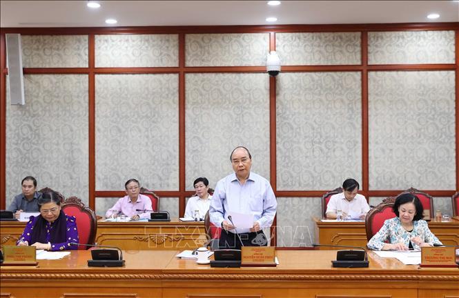 Bộ Chính trị đã làm việc với Hà Tĩnh cùng 11 tỉnh về chuẩn bị đại hội các đảng bộ trực thuộc Trung ương
