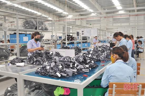 Nhiều yếu tố bất lợi, điện thương phẩm của Hà Tĩnh vẫn tăng