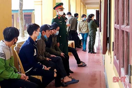 720 thanh niên Thạch Hà khám tuyển nghĩa vụ quân sự, công an nhân dân