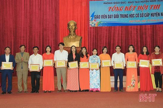 112 giáo viên Nghi Xuân được công nhận danh hiệu giáo viên giỏi cấp huyện