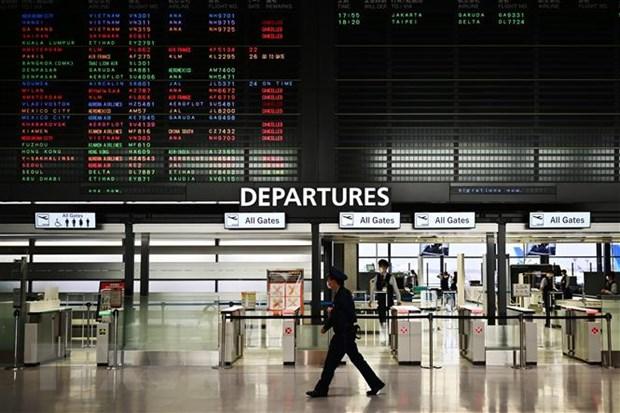 Nhật Bản tạm ngừng cho nhập cảnh để ngăn chặn biến thể của SARS-CoV-2