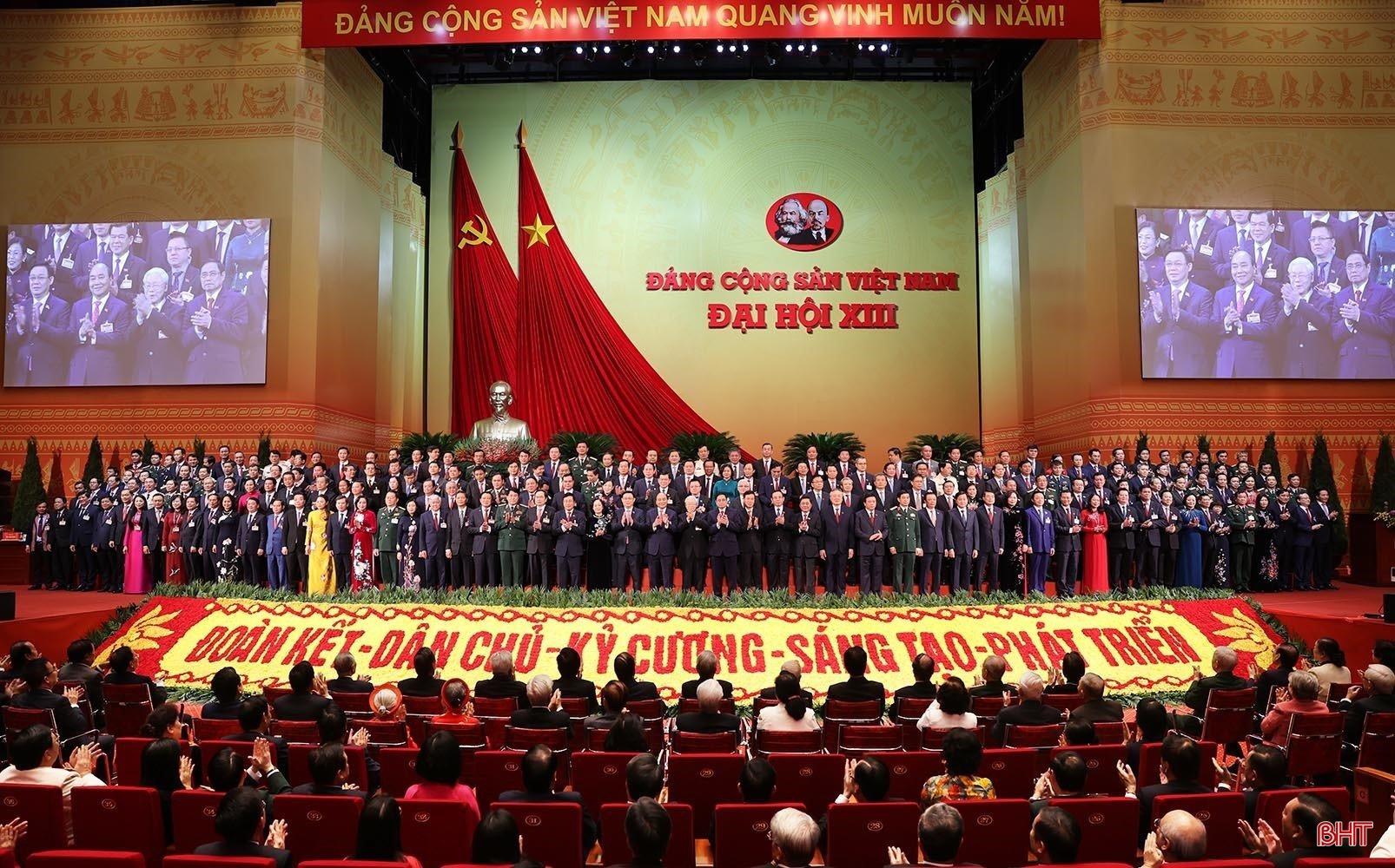Đại hội toàn quốc lần thứ XIII của Đảng thành công tốt đẹp