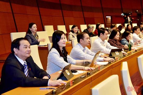 Đoàn ĐBQH Hà Tĩnh tiếp nhận, tổng hợp kiến nghị của cử tri trước thềm kỳ họp 11