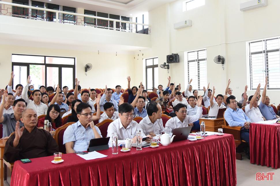 Hà Tĩnh thống nhất danh sách sơ bộ 13 người ứng cử Đại biểu Quốc hội