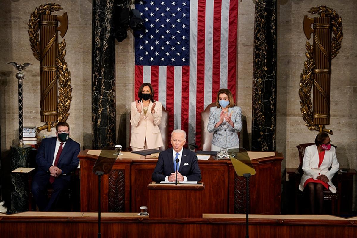 Bài phát biểu đầu tiên của Biden trước Quốc hội: Nước Mỹ đã trở lại và sẵn sàng cất cánh
