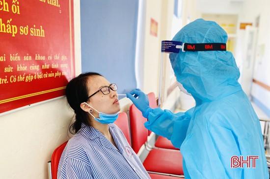 Hà Tĩnh yêu cầu cách ly tập trung 21 ngày đối với người từng đến những khoa, phòng có người mắc Covid-19 ở Bệnh viện K