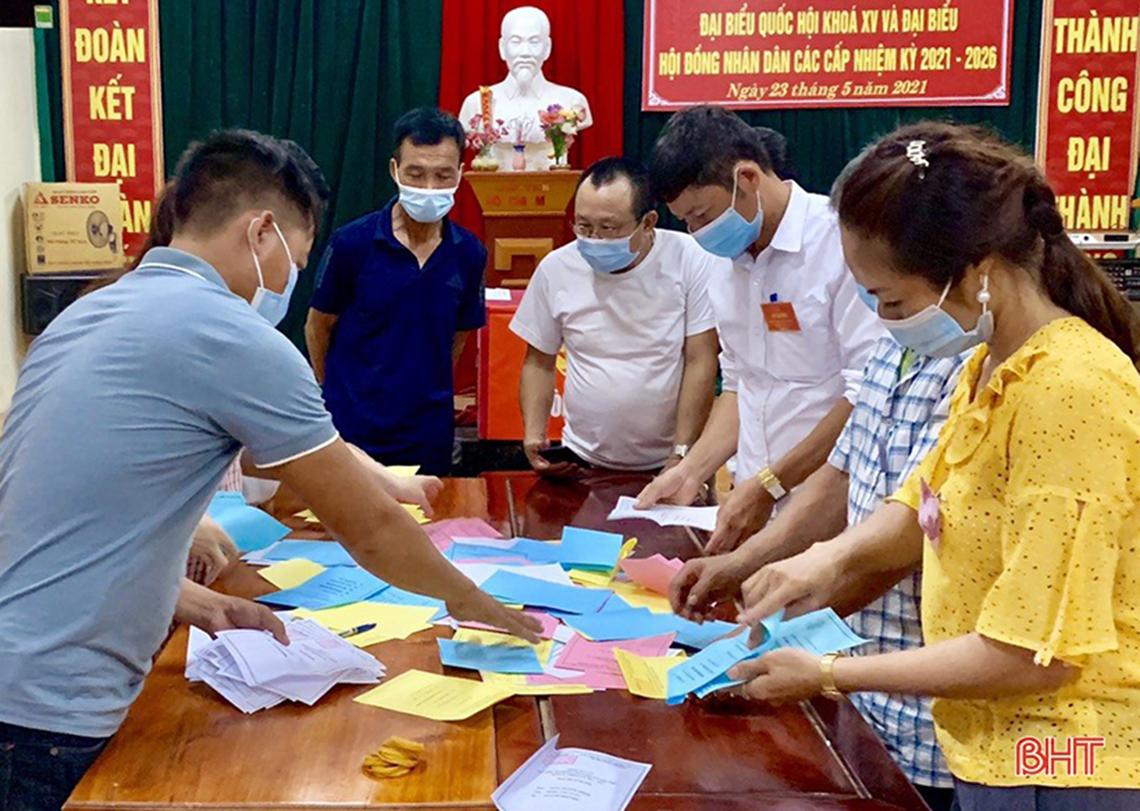99,86% cử tri Hà Tĩnh tham gia bỏ phiếu bầu cử